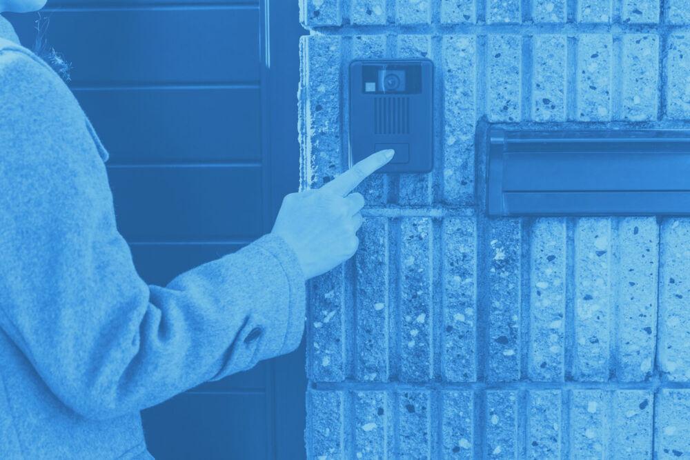 X-Guard Zorg – Aanbellen bij een voordeur 2